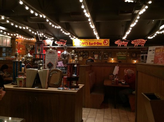 Famous Daves : Entrance