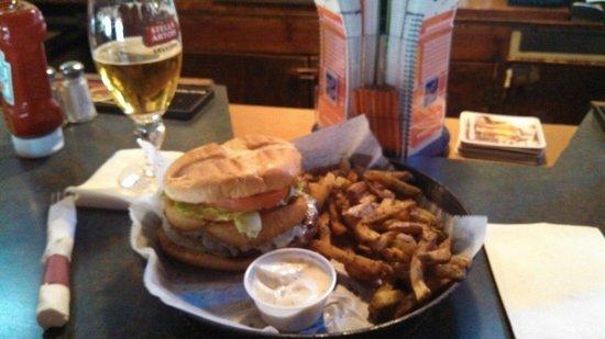J T Maxies Bar & Grill