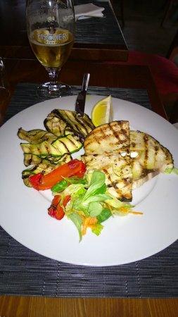 Chalet: Pesce spada e verdure grigliate