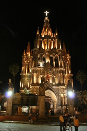Sagrada Boutique Hotel: The magical church