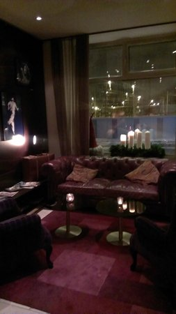 Scandic No. 25 : hotel lobby