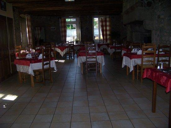 Sens-de-Bretagne, Francia: Notre Salle De Restaurant