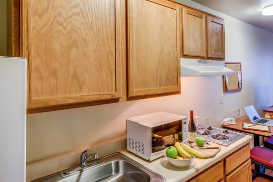Value Place Colorado Springs: Modified Kitchen