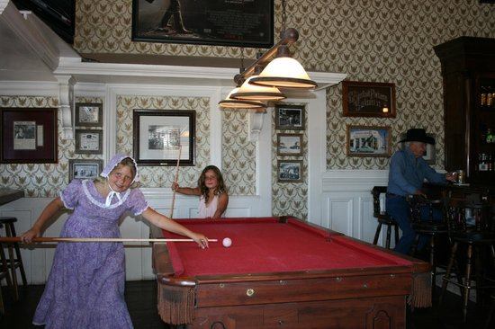 Crystal Palace Saloon and Restaurant : Shooting pool at the Crystal Palace