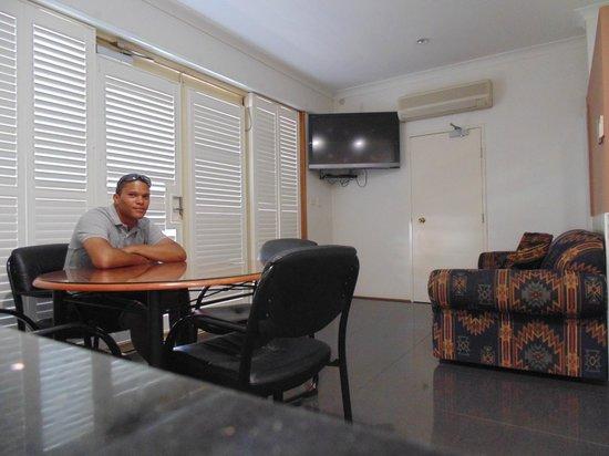 Jesmond Executive Villas: Lounge