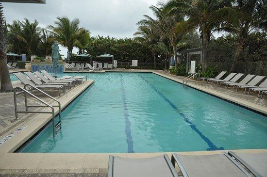 Marriott's Oceana Palms: lap pool