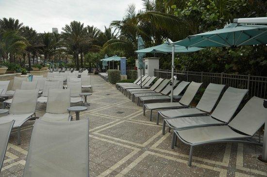 Marriott's Oceana Palms: pool deck