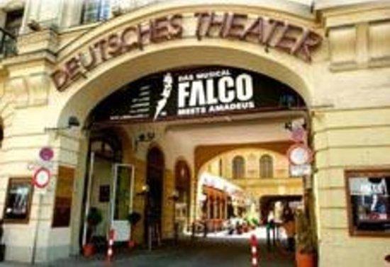 Hotel Deutsches Theater Stadtmitte : eingang von Theater und Hotel