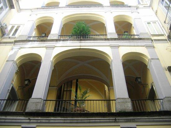 Hotel Principe Napolit'amo : Atrio del palazzo