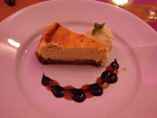 Puschka: White chocolate cheesecake
