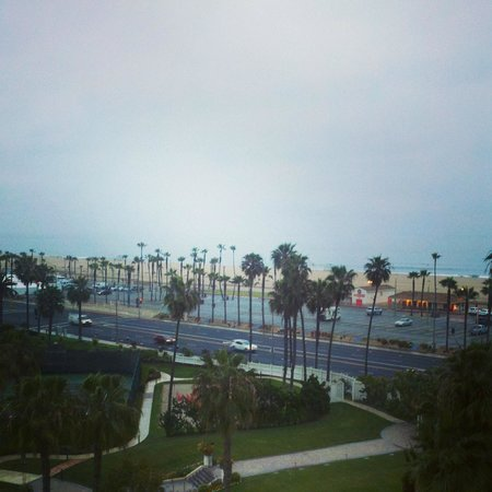 The Waterfront Beach Resort, A Hilton Hotel : View from Room 601 - it was  a bit cool outside