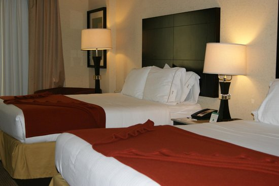 Holiday Inn Express Hotel & Suites Orlando - International Drive: comoda