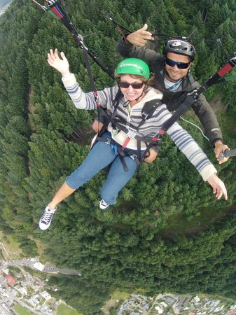 GForce Paragliding: Free like a bird