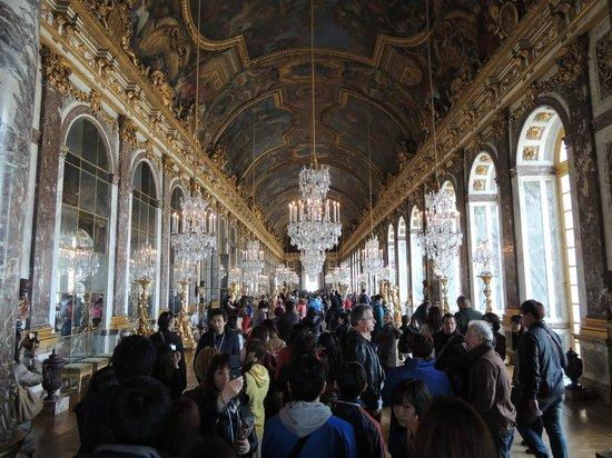 La Galerie des Glaces : grandeur