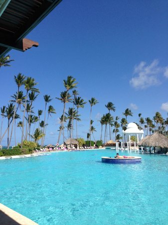 Paradisus Palma Real Golf & Spa Resort: huge pool