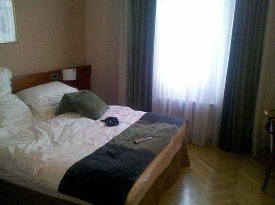 Best Western Premier Hotel Slon: room left side