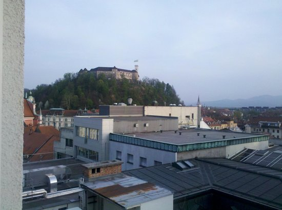 Best Western Premier Hotel Slon: Nice view to the ljubljana castle