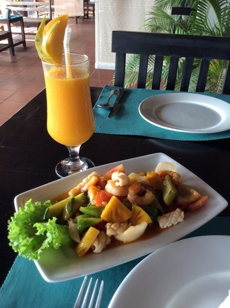 Kiri Boutique Hotel: Lunchtime