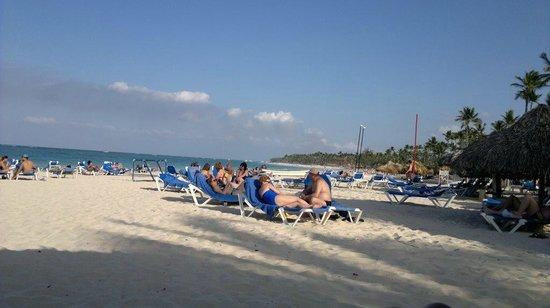 Tropical Princess Beach Resort & Spa: Vista da praia