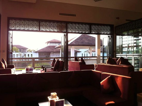 Fusion Maia Da Nang: Main dining area
