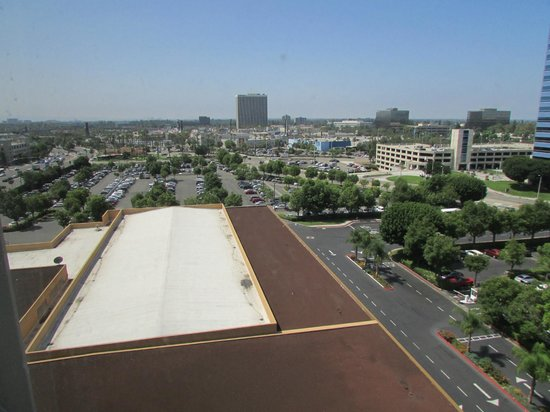 Doubletree by Hilton Anaheim - Orange County: looking south from room #923
