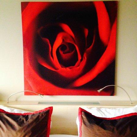 Hampshire Hotel - Babylon Den Haag: Tacky decor