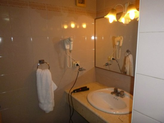 El Comodoro: Baño