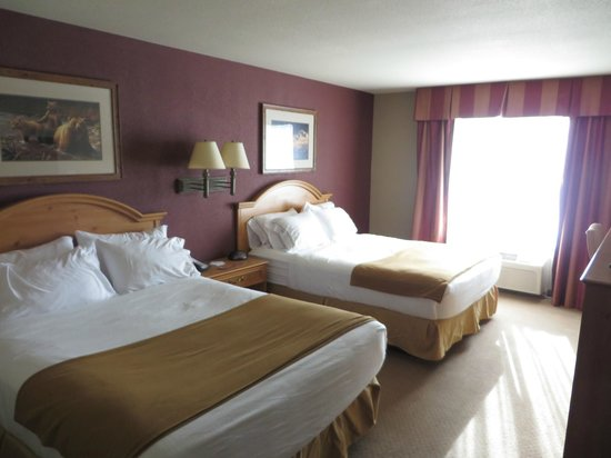 Holiday Inn Express Hotel & Suites Brainerd-Baxter: Double room.