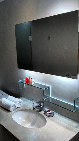 Serena Hotel Boutique Buzios : Baño