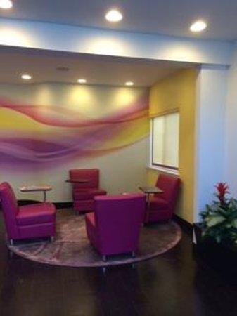 Menlo Park Inn: Lobby area
