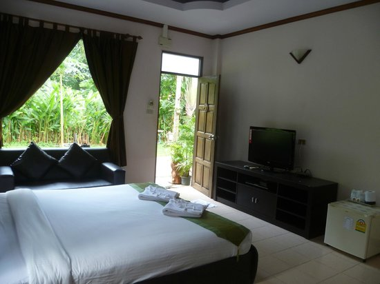 Seabreeze Hotel Kohchang: the bigger room