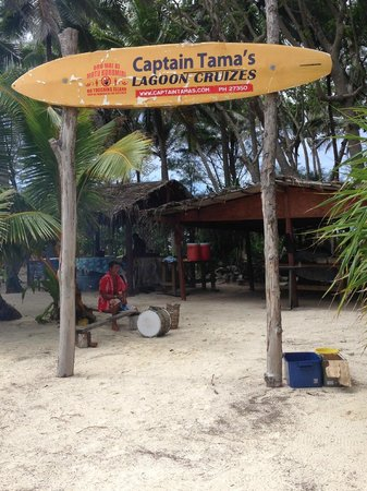 Captain Tama's Lagoon Cruizes : Captain Tama's