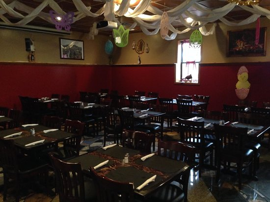Little Portugal Restaurant & BBQ: Dining area
