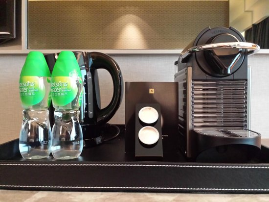 Royal Plaza Hotel : In-room nespresso machine and complimentary mineral water
