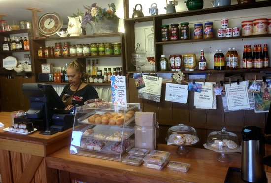 The Store House : Front counter. Place your order.