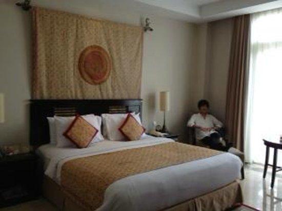 The Phoenix Hotel Yogyakarta - MGallery Collection: ベッドルーム