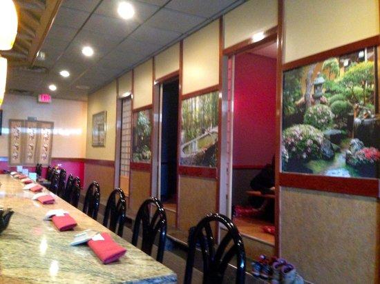Moritomo Japanese Restaurant : Hibachi Bar Seats and private rooms