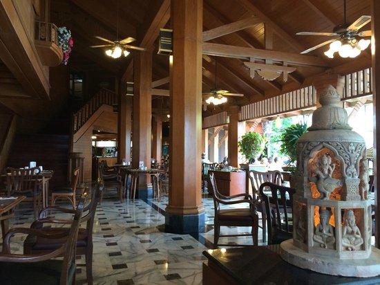 Diamond Cliff Resort and Spa: 朝食レストラン
