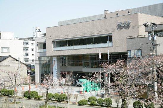 KKR Hotel Kanazawa: 桜が開花しております。