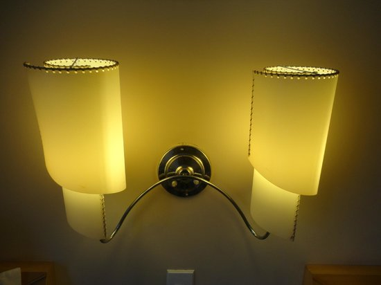 Comfort Hotel Fortaleza: Luzes do quarto