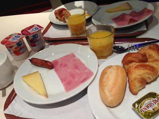 Mercure Paris La Défense : 朝食