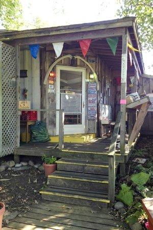Avalon, The Inn on Cuttyhunk Island: market