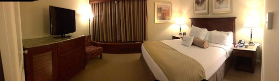 Doubletree by Hilton Torrance - South Bay: Bedroom