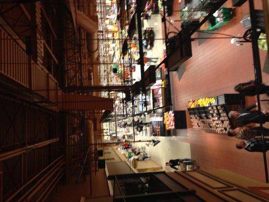 Hampton Inn and Suites Bethlehem: Wegmans