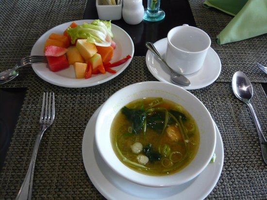 Hotel Santika Mataram: Make your own soup for breakfast....delicious...