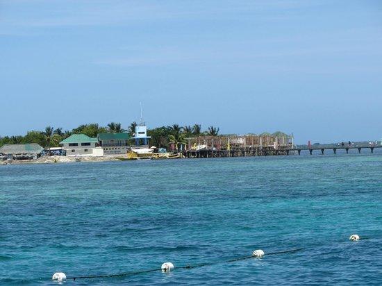 Fun & Sun Dive & Travel: first snorkel spot