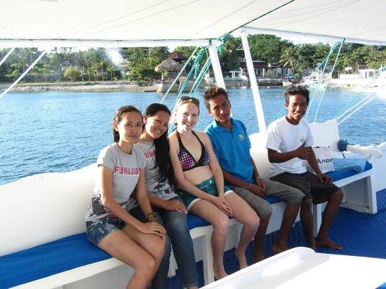 Fun & Sun Dive & Travel: awesome crew