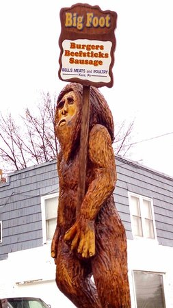 Bell's Meat and Poultry: The Big Foot statue out front