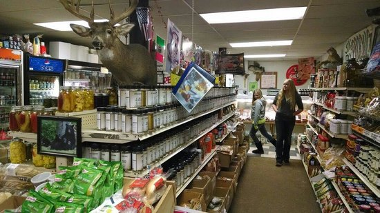 Bell's Meat and Poultry: Lots of good stuff!!