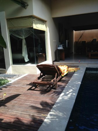Bhavana Private Villas: view into room